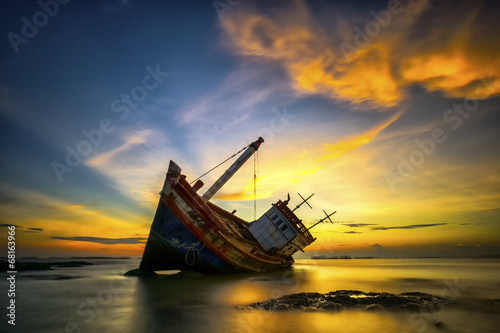 Photo sur Aluminium Naufrage Wrecked boat
