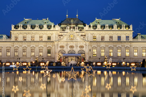 Photo  Christmas Stars In Vienna