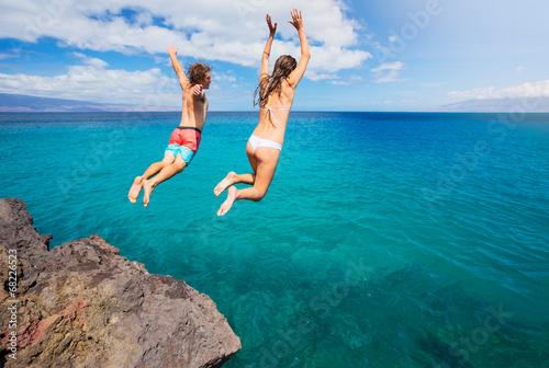 Photo  Cliff jumping