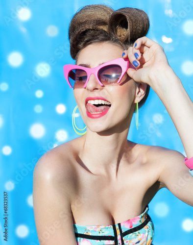 Fotografie, Obraz  Young attractive laughing woman wearing sunglasses