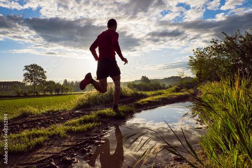 Fototapeta Trail running in campagna obraz