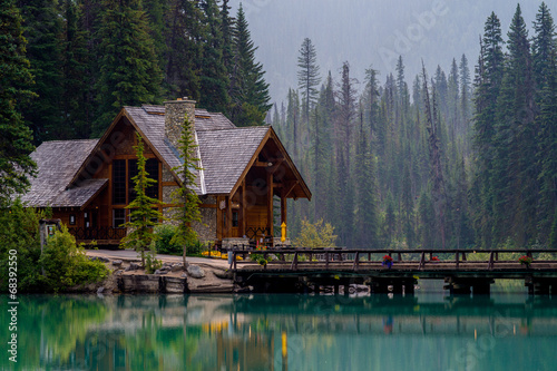 Canvas Print emerald lake lodge