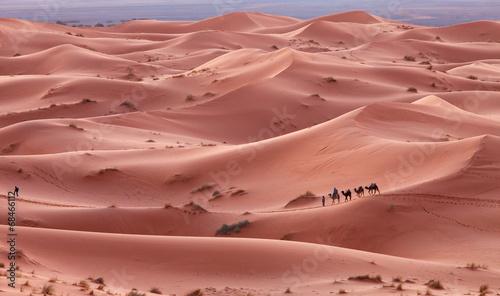 karawana-w-saharze-maroko