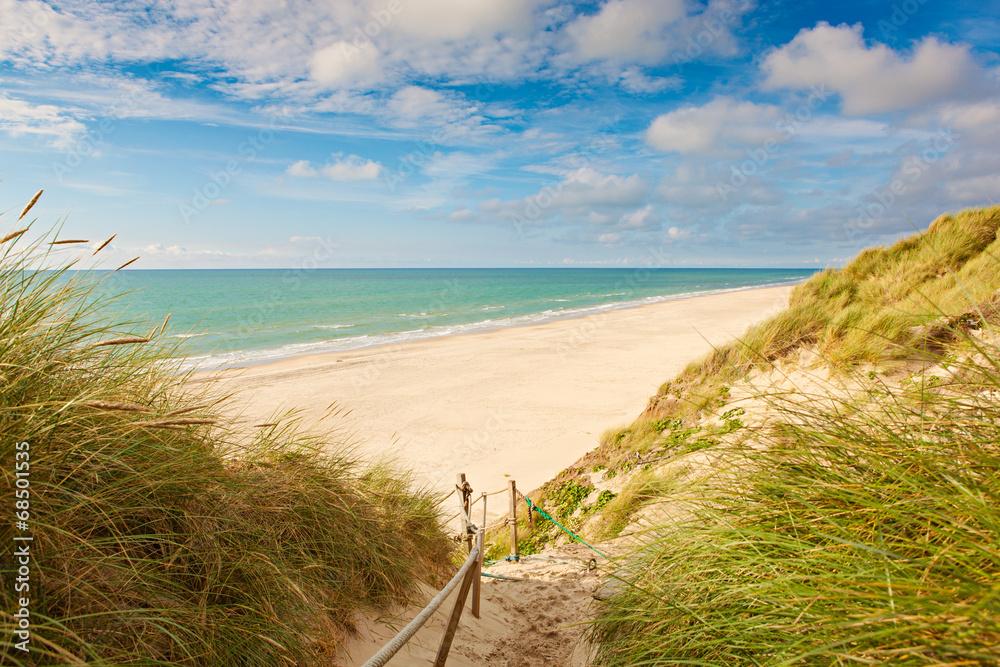 Leinwandbild Motiv - OLIVER stockphoto : Weg zum Strand