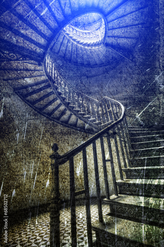 Photo Stands Stairs Stare spiralne schody w stylu retro