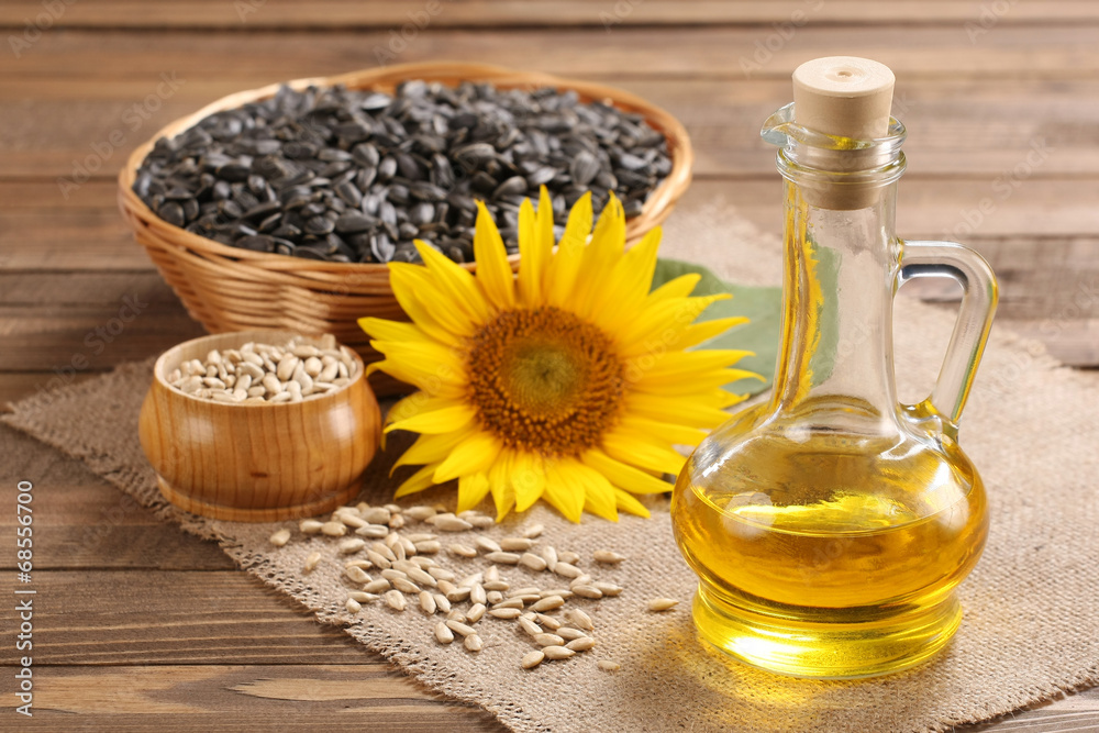 Fototapety, obrazy: sunflower oil, seed and sunflower
