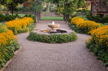 Fountain Pathway