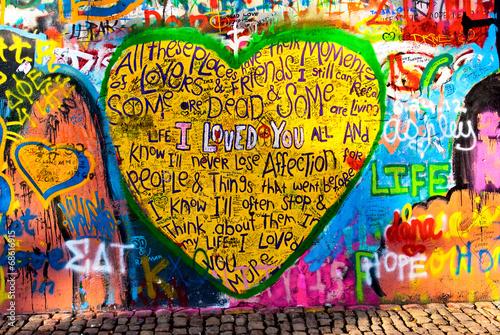 Foto op Aluminium Graffiti graffiti of heart with inscription