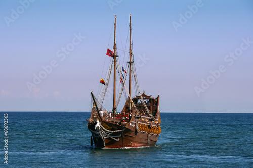 Canvas Prints Ship Sailing