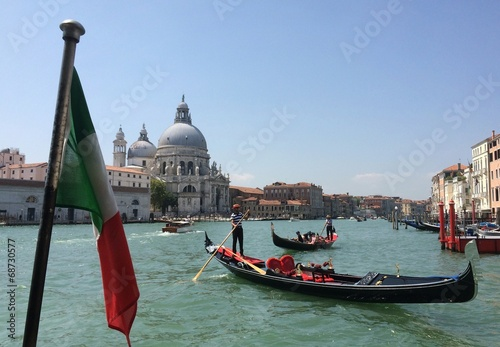Cadres-photo bureau Venise Santa Maria della Salute cathidral in Venice, Italy