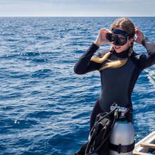 Beautiful Caucasian Woman Getting Ready For Scuba Diving
