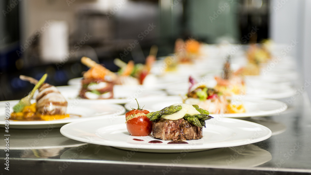 Fototapety, obrazy: portate da ristorante