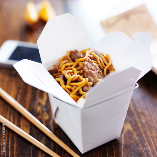 Αφίσα  chinese take out with smart phone on table and menu