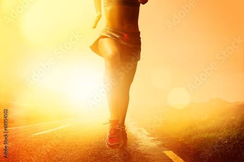 bieganie-w-czasie-magicznego-zachodu-slonca-ciekawa-fotografia
