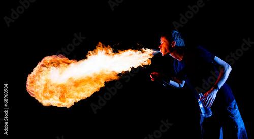 Valokuva  Amazing Fire-breathing