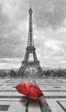 Fototapeta Wieża Eiffla - Eiffel tower in the rain. Black and white photo with red element