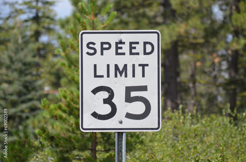 Cuadros en Lienzo  speed limit sign