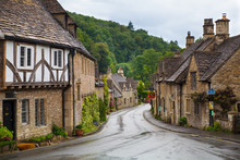 Castle Combe, Unique Old Engli...