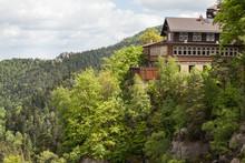 Blick Auf Den Berggasthof Burg...