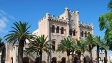 Ayuntamiento De Ciiutadella