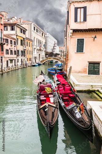 Fototapety, obrazy: Twin gondolas
