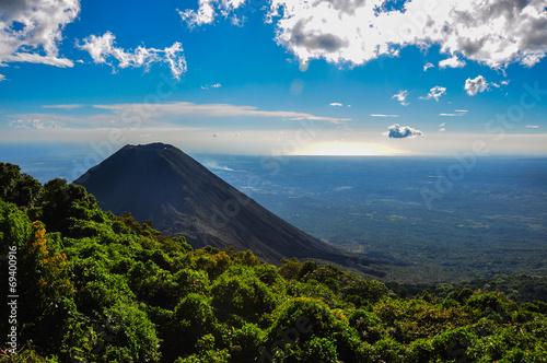 Fotografía  Izalco Volcano from Cerro Verde National Park, El Salvador