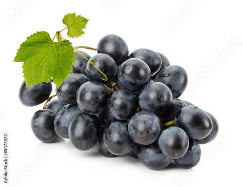 Ripe grapes isolated on the white background Fototapete
