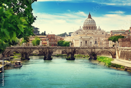 In de dag Rome view on Tiber and St Peter Basilica in Vatican