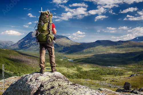 Photo Hiker in the Wilderness of Sweden