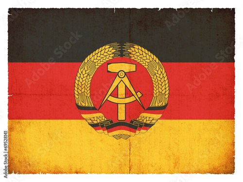 Photo Grunge-Flagge Deutsche Demokratische Republik (DDR)