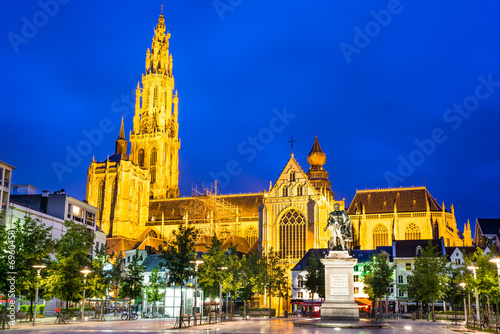 Foto op Plexiglas Antwerpen Groenplaats, Church of Our Lady, Antwerp, Belgium