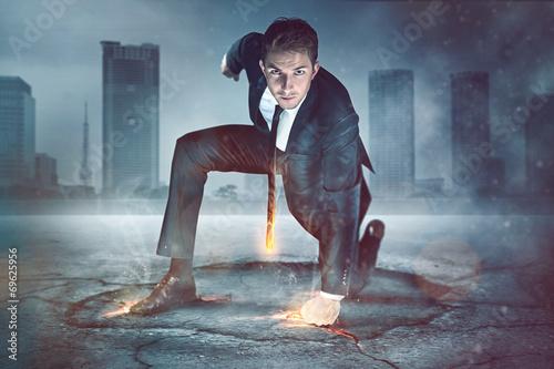 Fotografía  El hombre de negocios del super héroe