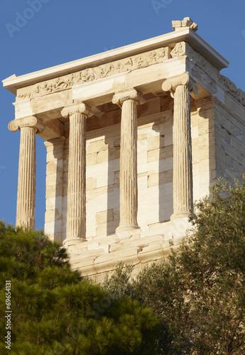 Fotografija  Acropolis of Athens. Temple of Athena Nike. Greece