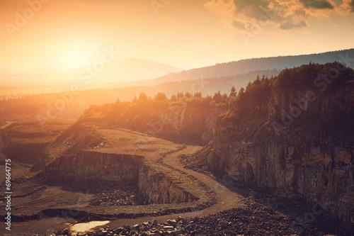 Valokuva  Stone mine