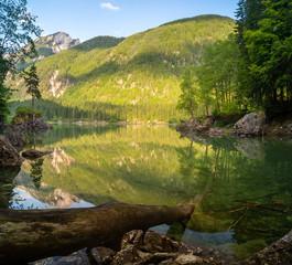 fototapeta Alpejskie jezioro we Włoszech