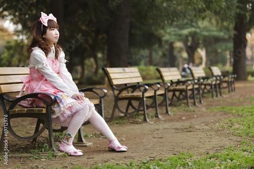 Fotografie, Obraz  Japanese lolita cosplay in park