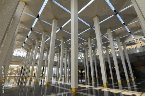Fotografija  Series of Column at Malaysia National Mosque