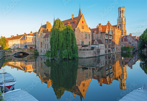 Foto op Canvas Brugge Brugge - View from Rozenhoedkaai to canal and Belfort