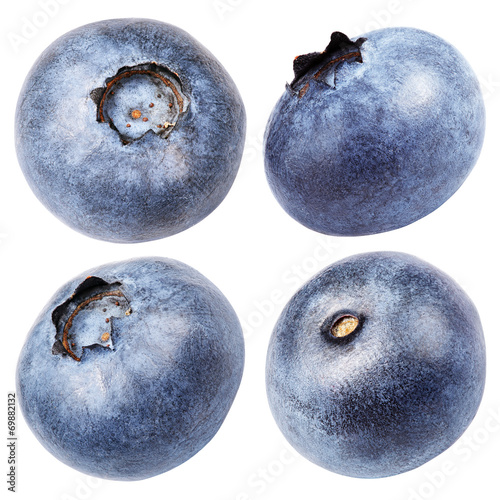 Fotografia Set of blueberry berry isolated on white with clipping path