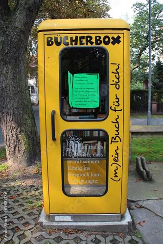 Fotografie, Obraz  Eine alte Telefonzelle
