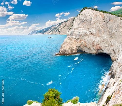 View on cliffs back of Katsiki beach, Lefkada, Greece - 69940383