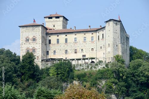 Fotografia, Obraz  Rocca Borromeo fortress at Angera on lake maggiore