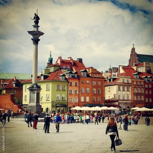Warsaw old town - 70003928