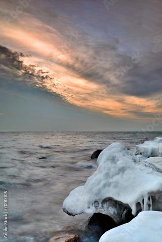 Fotobehang - Morze, zimowe wybrzeże