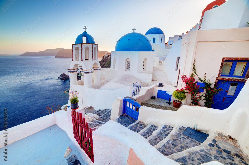 Fototapety, obrazy: Oia miasteczko na wyspie Santorini, Morze Egejskie