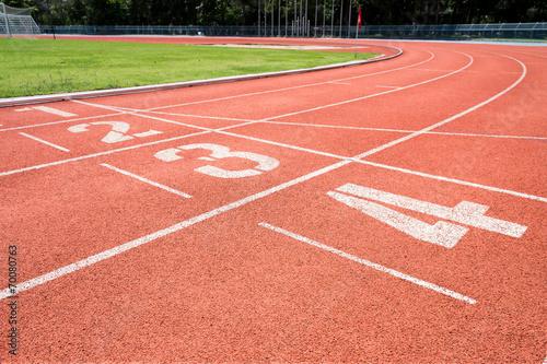 Fotografiet  Rubber running lane for sprint or race
