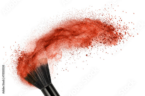 Obraz makeup brush with red powder isolated - fototapety do salonu