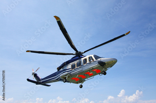 Tuinposter Helicopter helicopter parking landing on offshore platform