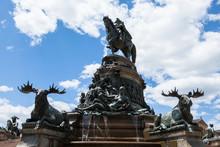 George Washington Statue In Fr...