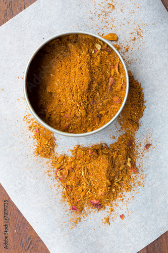 Fotobehang Kruiden Ras el hanout, a spice mix from North Africa